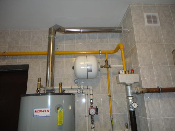 Газовый накопитель Mor-Flo, разводка под накопитель